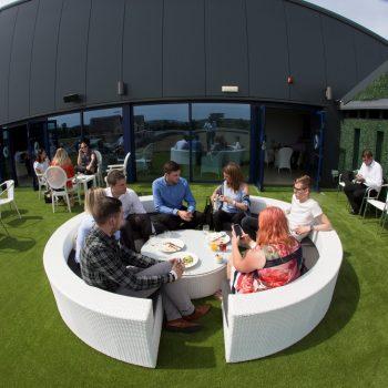 horizon lounge exterior